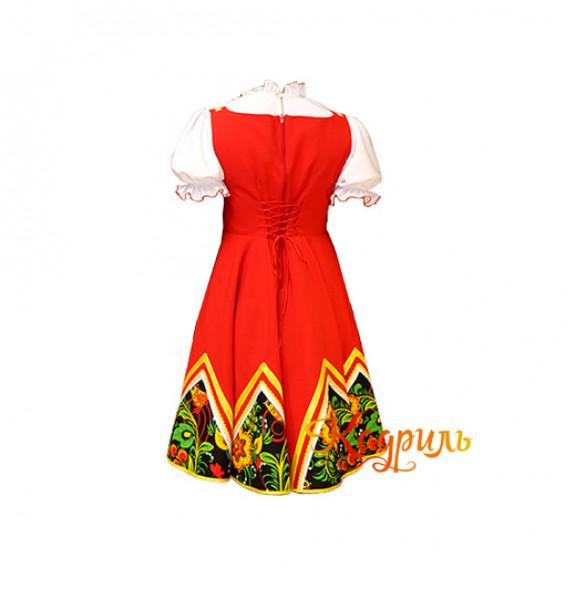 Русский народный костюм с цветами