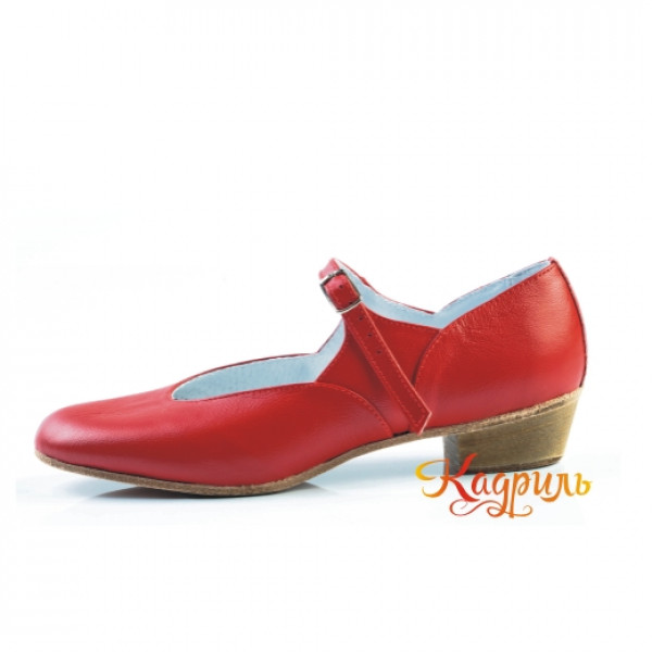 Туфли на девочку для народно характерного танца красные. Рис. 1