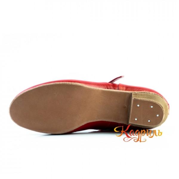 Туфли народные красные. Рис. 3