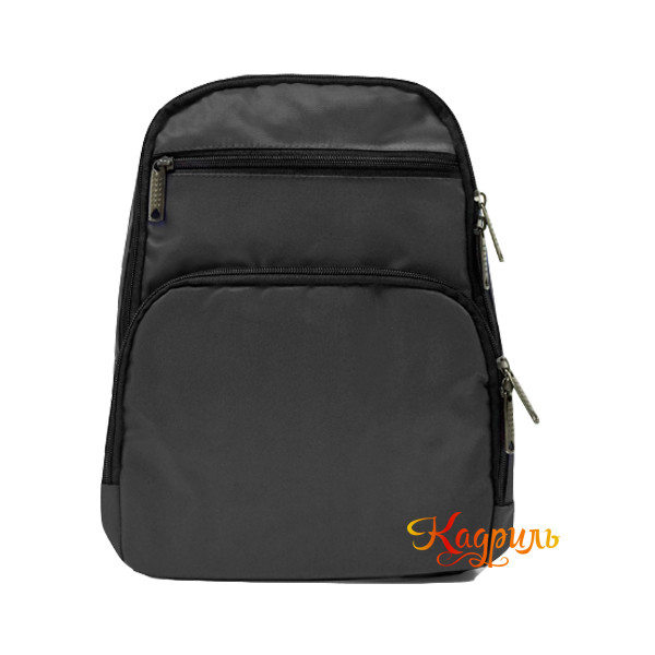 Черный однотонный рюкзак. Рис. 1