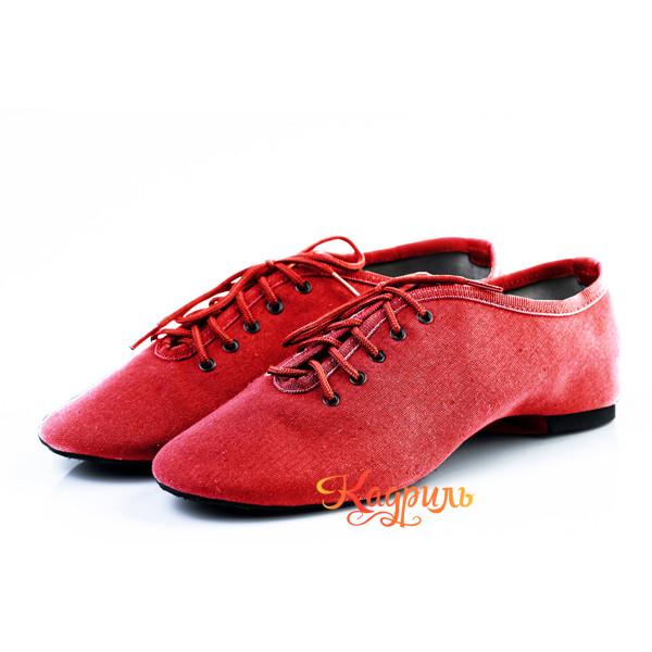 Танцевальная обувь тканевые красные. Рис. 1