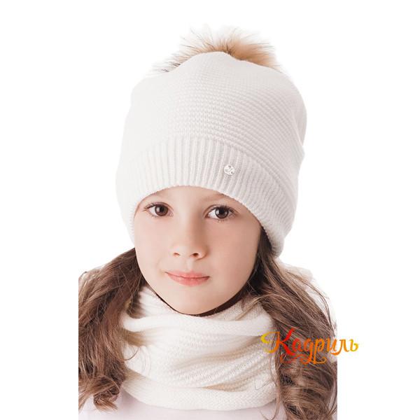 Шапка для девочки зимняя с помпоном. Рис. 1