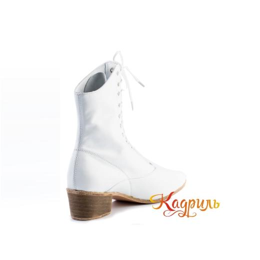 Фото Мужская народная обувь